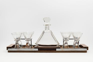 2005/66/34 Drinks set, consisting of liquor glasses (8), decanter and tray, glass / wood / chromed metal / felt, maker unknown, France, c. 1930