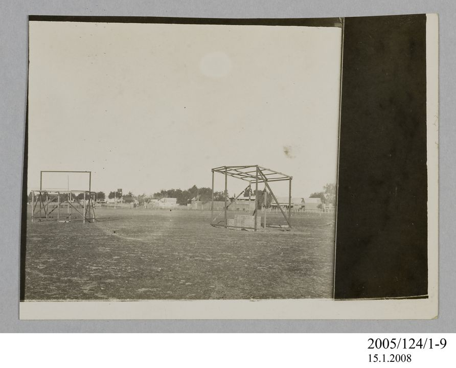 2005/124/1-9 Photograph, part of collection owned by James Short, black and white, building frames at Goondiwindi, paper, photographer unknown, Goondiwindi, Queensland, Australia, 1922. Click to enlarge.