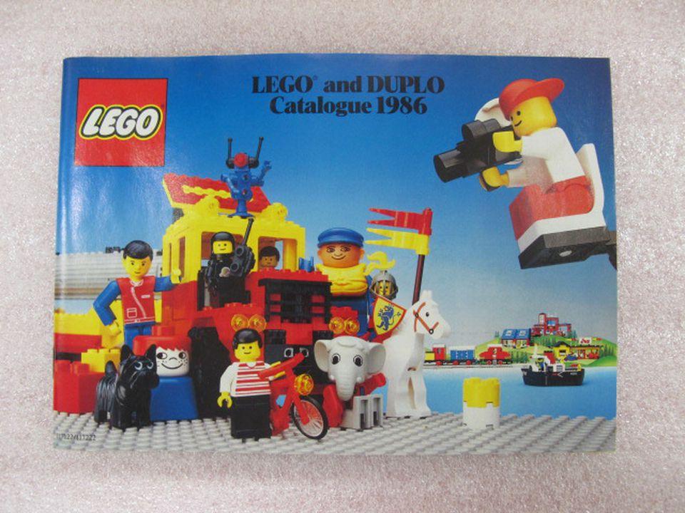 Lego and Duplo catalogue 1986 - MAAS Collection