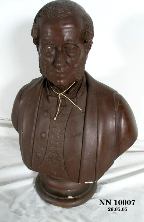 2013/23/10 Portrait bust, 'Charles Windeyer Esq', painted plaster, made by Charles Abrahams, Sydney, New South Wales, Australia, 1840-1850. Click to enlarge.