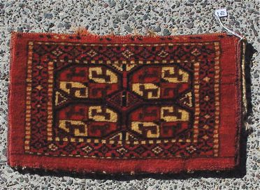 2015/26/69 Storage bag (kap), symmetrically knotted pile, wool, made by Yomut Turkmen women, Turkmenistan or eastern Iran, mid 1800s