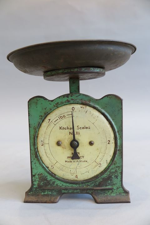 Swell A Set Of Kitchen Scales Made By M P Product Maas Collection Download Free Architecture Designs Xoliawazosbritishbridgeorg