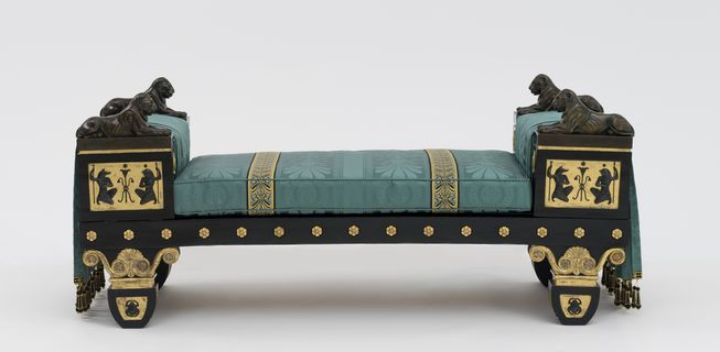 87/592 Settee, Regency Egyptian Revival style, ebonised and gilt beech / bronze and gilt brass mounts / reproduction silk damask and trimmings, designed by Thomas Hope, England, c. 1802