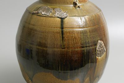2003/5/1 Jar, woodfired, stoneware/ tenmoku and salt glaze, made by Chester Nealie, Gulgong, New South Wales, Australia, 2001