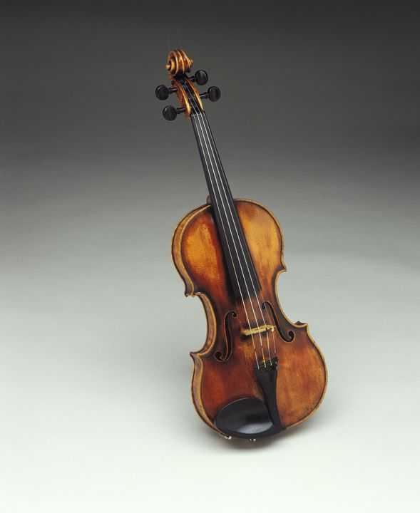 H9058 Violin and case, wood / metal / resin, Arthur Edward (A E) Smith, Sydney, 1931. Click to enlarge.