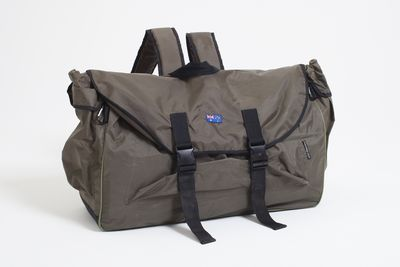 2013/54/1 Backpack bed, nylon / plastic, designed by Swags for Homeless, Australia, made in China, 2011