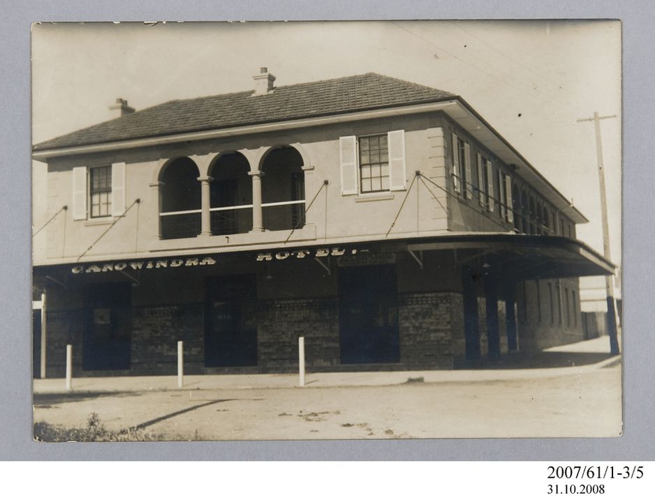 2007/61/1-3/5 Photographic print, black and white, exterior of Canowindra Hotel, Canowindra, New South Wales, Australia, c.1928. Click to enlarge.