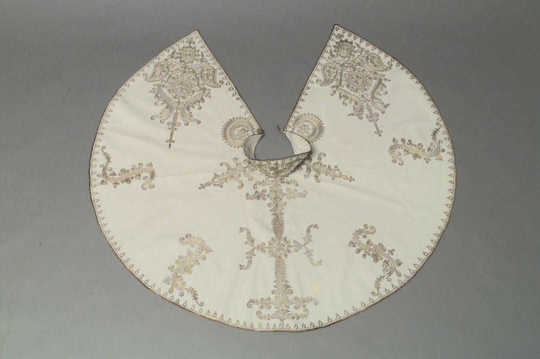 96/398/1 Cape, embroidered with silver thread, wool, maker unknown, Turkey, 1850-1920. Click to enlarge.