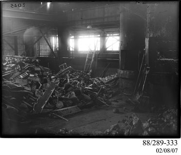 88/289-333 Photographic glass plate negative, black and white, depicting the iron foundry furnaces at Clyde Engineering Co. Ltd, Granville, New South Wales, Australia, 1900-1945