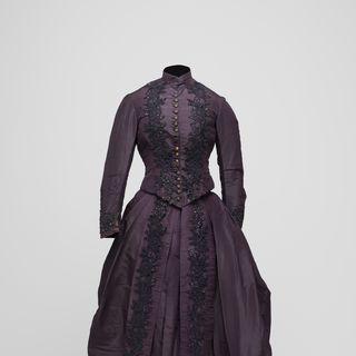 86/648 Wedding dress, silk taffeta / beads / braid, worn by Janet McDonald, Australia, c. 1887