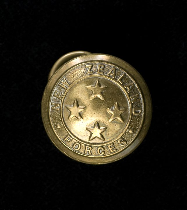 Military button, general service, New Zealand Army - MAAS