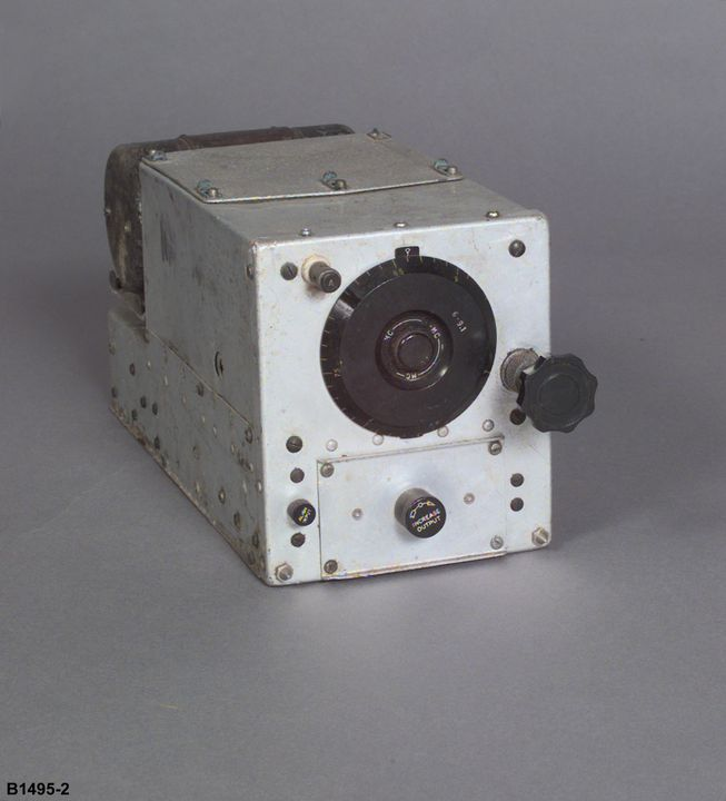 B1495-2 Radio receiver, Catalina flying boat, 'Frigate Bird II', metal / Bakelite, made by Western Electric, New York, New York, United States of America, 1940-1951, used on pioneering flight Australia-Chile, by P G Taylor, 1951. Click to enlarge.