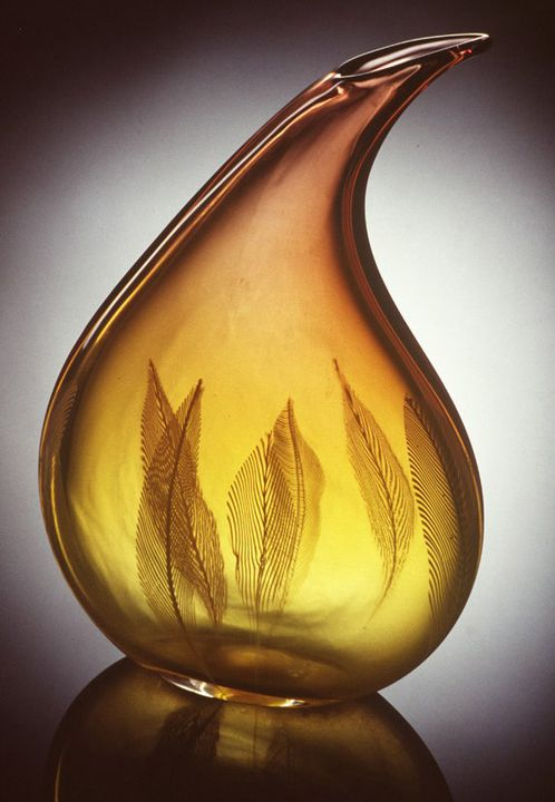 A10643 Vase, 'Piume' series, blown glass engraved with feathers, Archimede Seguso for Vetreria Archimede Seguso, Murano, Venice, Italy, c. 1955. Click to enlarge.