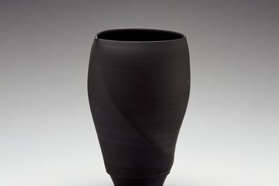 2001/41/2 Vase, 'Spiral form', black-fired Tuscan terracotta 'bucchero', made by Victor Greenaway, Lakes Entrance, Victoria, Australia, 2000