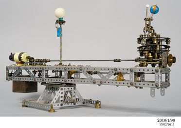 2010/1/90 Meccano model of an orrery, metal / plastic / glass / electronic material, made by Meccano Ltd, Liverpool, England. 1960-1975