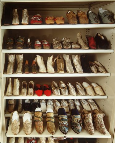 H4448 Collection of shoes and boots, part of a larger group of objects related to the art of shoemaking collected by Robert Dixon Box, Joseph Box and the Box Kingham family, leather / fabric / metal, various makers, England, 1500-1920