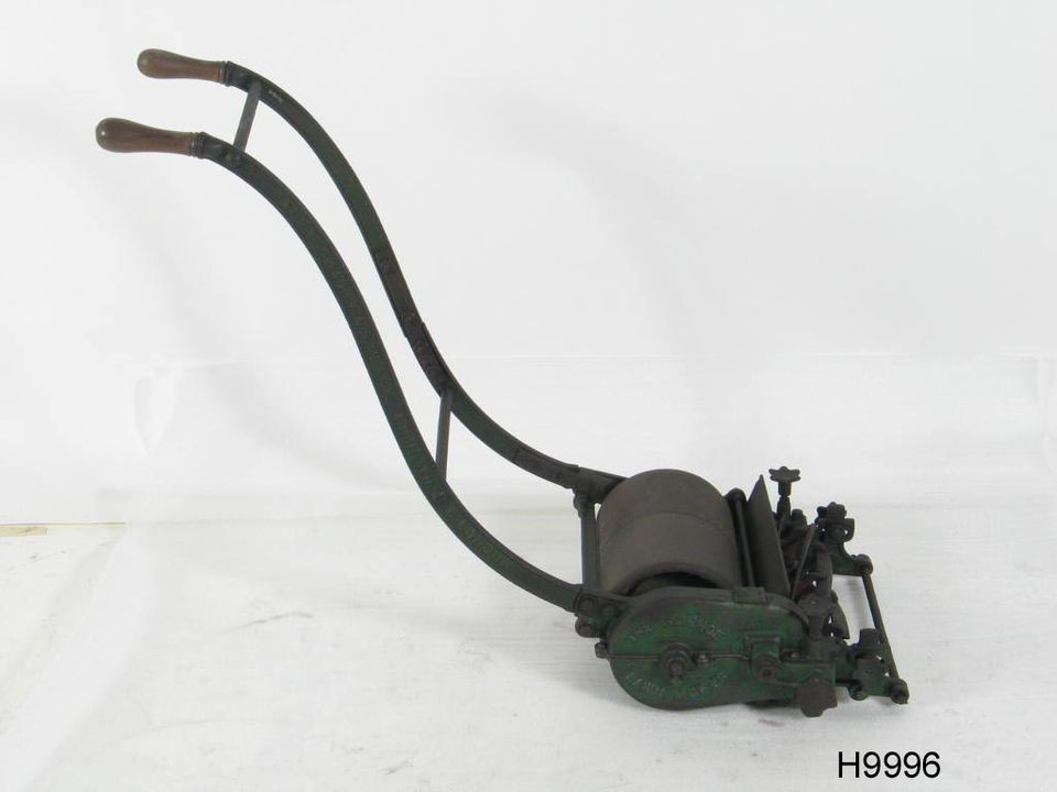 H9996 'Ivanhoe' roller push lawn mower, timber/steel, made by Alexander Shanks & Son Ltd, Dens Iron Works, Arbroath, Angus, Scotland, 1927-1935. Click to enlarge.