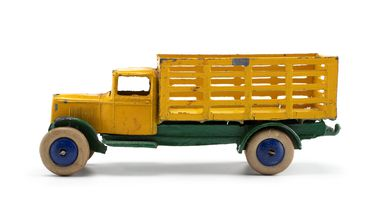 2008/158/1-3 Toy car (1 of 6), part of collection, 'Market Gardener's Lorry (25f)', metal, Meccano Ltd, Liverpool, England, 1934-1940, used Wyatt family, Hobart, Tasmania / Roseville, New South Wales, Australia, 1935-1942