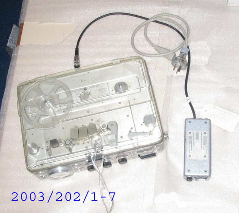 2003/202/1-7 Audio tape recorder and accessories, 'Nagra 4.2', metal / plastic / glass, used by the '60 Minutes' production crew, TCN Channel 9 Pty Ltd, Australia, 1979 - 1998, made by Kudelski Company, United States of America, 1979-1998.. Click to enlarge.