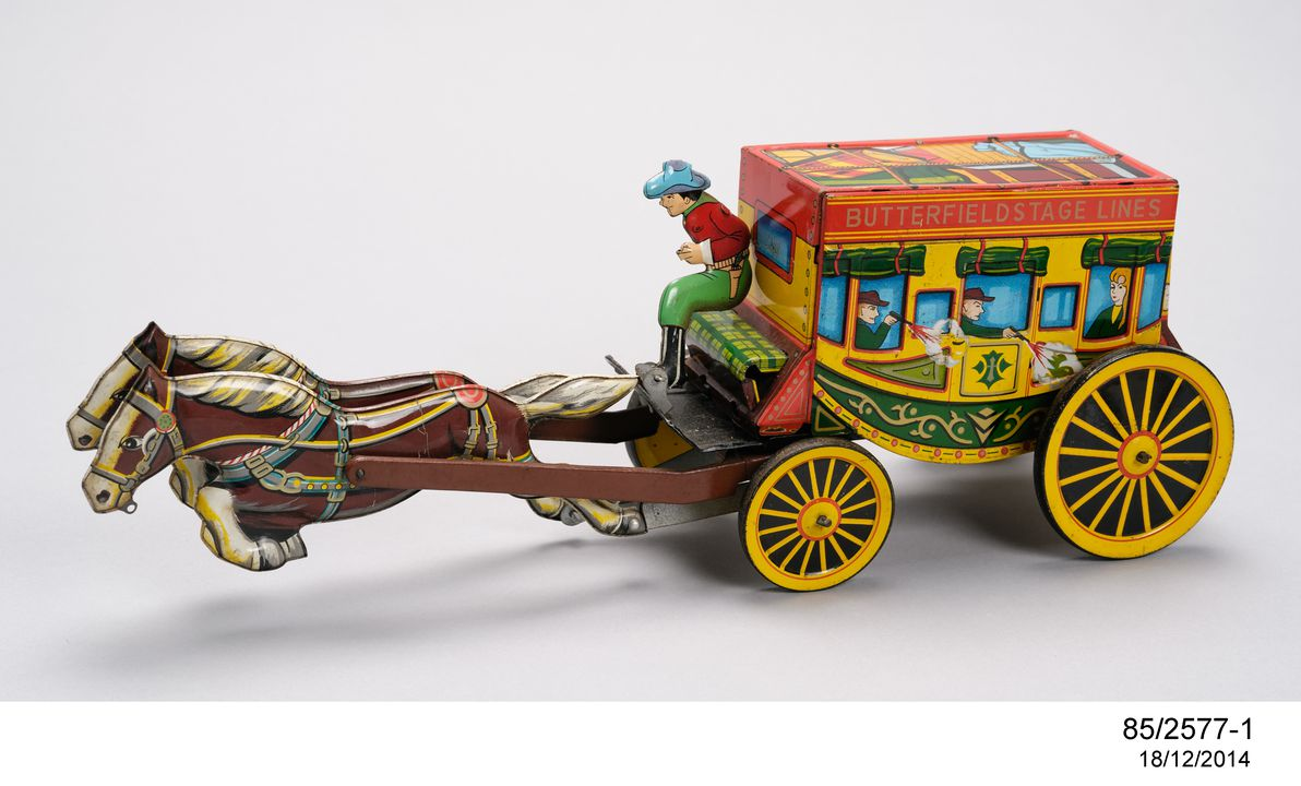 85/2577 Novelty toys (118), tinplate, various makers, 1920-1985. Click to enlarge.