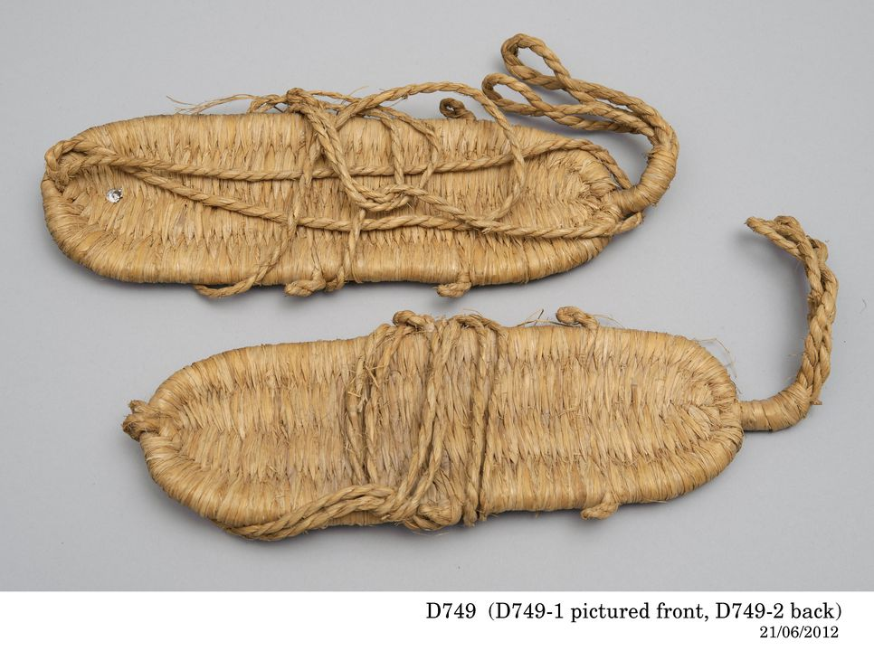 D749 Sandals (pair), 'Zori' flat sandals , rice straw, collected by Julian Tenison-Woods, Japan, 1885-1886. Click to enlarge.