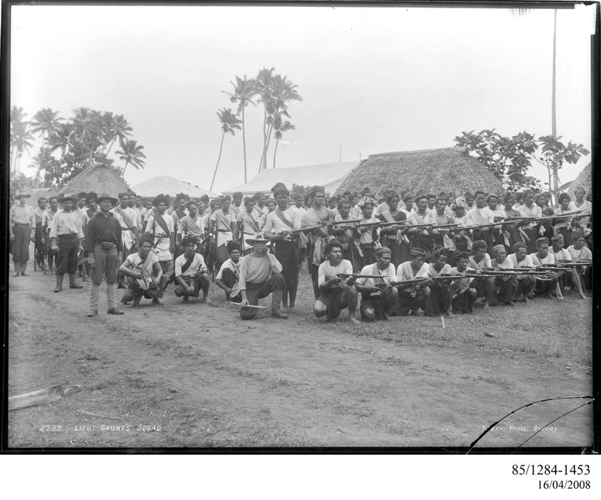 85/1284-1453 Photographic negative, Lieutenant Gaunt, sailors and some of Malietoa's supporters, gelatin / glass, photographer unknown, published by Kerry and Co., Upolu, Samoa, 1899. Click to enlarge.