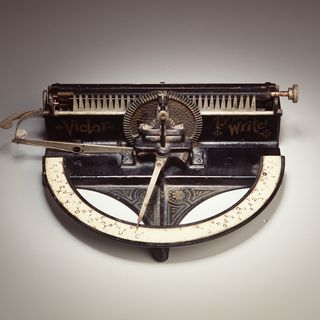 97/253/1 Typewriter, Victor 'A', metal/rubber, Taylor & White (pat.) / Tilton Manufacturing Company, United States of America, 1889-1894