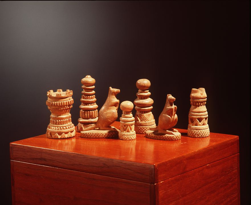 A5589 Chess set and box (33), Santalum spicatum (Australian sandalwood), maker unrecorded, Western Australia, 1895-1900, owned by Lord Thomas Brassey, 1895-1918. Click to enlarge.