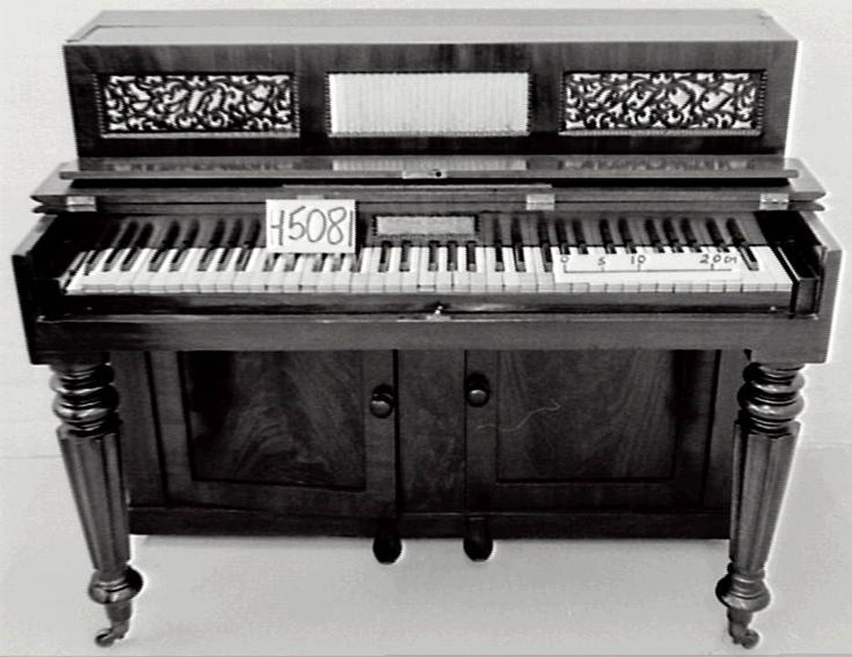 H5081 Upright pianoforte, timber, metal & ivory, Searle, London, England, 1834.. Click to enlarge.