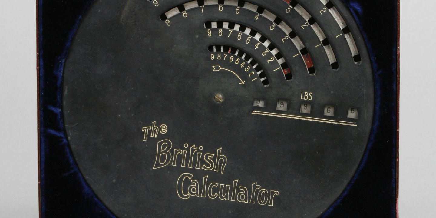 H8662 Calculator with packaging, 'The Brical Weight Adding Machine', made by British Calculator Ltd, United Kingdom, c. 1910. Click to enlarge.