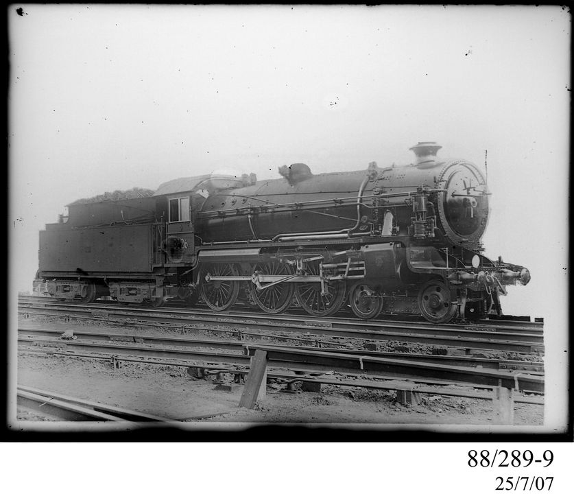 88/289-9 Photographic glass plate negative, depicting the standard gauge, 4-6-0, 36 class, express steam locomotive No. 3626, photograph by Clyde Engineering Co. Ltd, Granville, New South Wales, Australia, 1925. Click to enlarge.