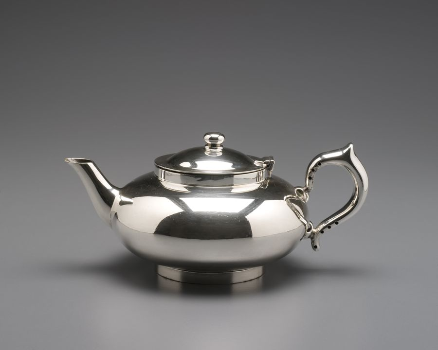 2002/80/5 Teapot, 'Perfect', electroplated nickel silver, Robur Tea Company, Melbourne, Victoria, Australia, 1930 - 1940. Click to enlarge.