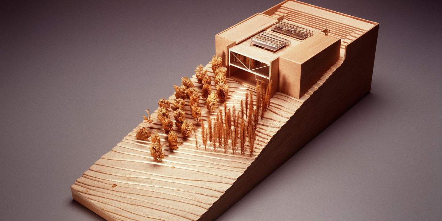 99/34/5 Architectural model, Ockens House, balsa wood / metal / plastic / paper, designed by Glenn Murcutt, Australia, 1977-78. Click to enlarge.