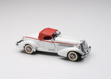 2010/17/1-7 Model car and removable roof, 1935 Auburn Model 851 boat-tailed Speedster, metal / plastic, designed by Franklin Mint, Pennsylvania, United States of America, made in China, 1990, collected by Michael and Jan Whiffen, Woree, Queensland, Australia, 1983-2009