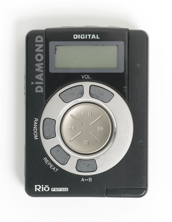 2012/32/1 Digital media player, Rio PMP300, with accessories, documentation and packaging, plastic / paper / electronic components, designed by Diamond Multimedia Inc, San Jose, California, United States of America, made in Taiwan, 1998. Click to enlarge.