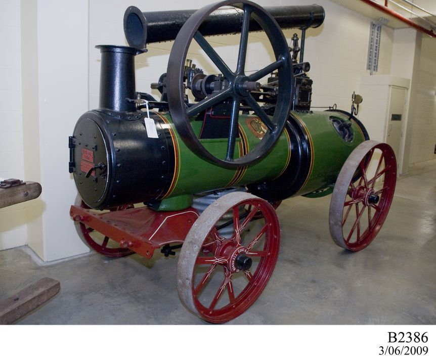 B2386 Steam engine, single cylinder portable, 'Britannia', metal / paint, made by Marshall Sons & Co Ltd, Gainsborough, England, 1914. Click to enlarge.