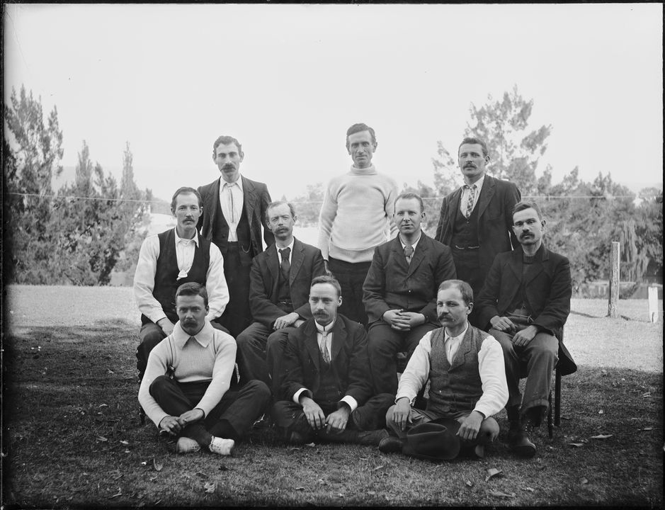2008/165/1-21 Glass plate negative (1 of 193), ten men posed as for a sporting photograph, glass, photographer possibly Arthur Phillips, Australia, 1902. Click to enlarge.