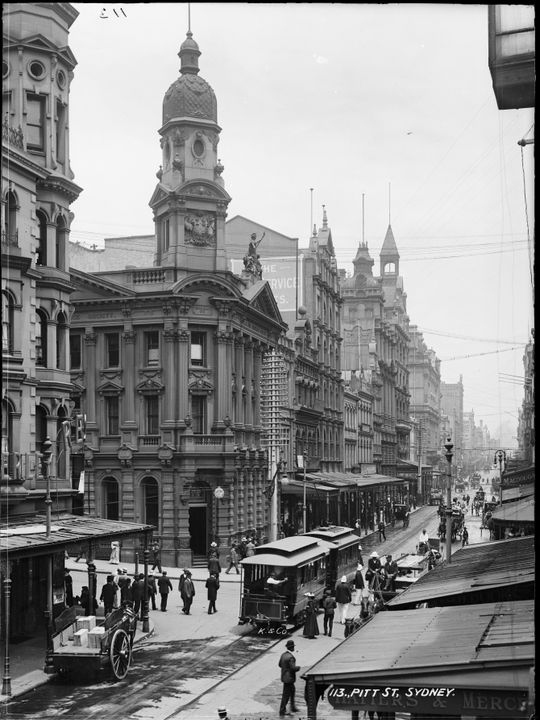 85/1284-2008 Glass negative, half plate, 'Pitt St, Sydney', Kerry and Co., c. 1904-1917. Click to enlarge.