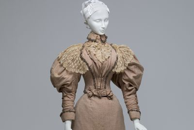 A8338 Dress, womans, comprising bodice, skirt and fabric sample, silk / cotton / wool, worn by Elizabeth Cabrera (nee Shelley), possibly made by S.C. Rush, Sydney, New South Wales, Australia, 1896