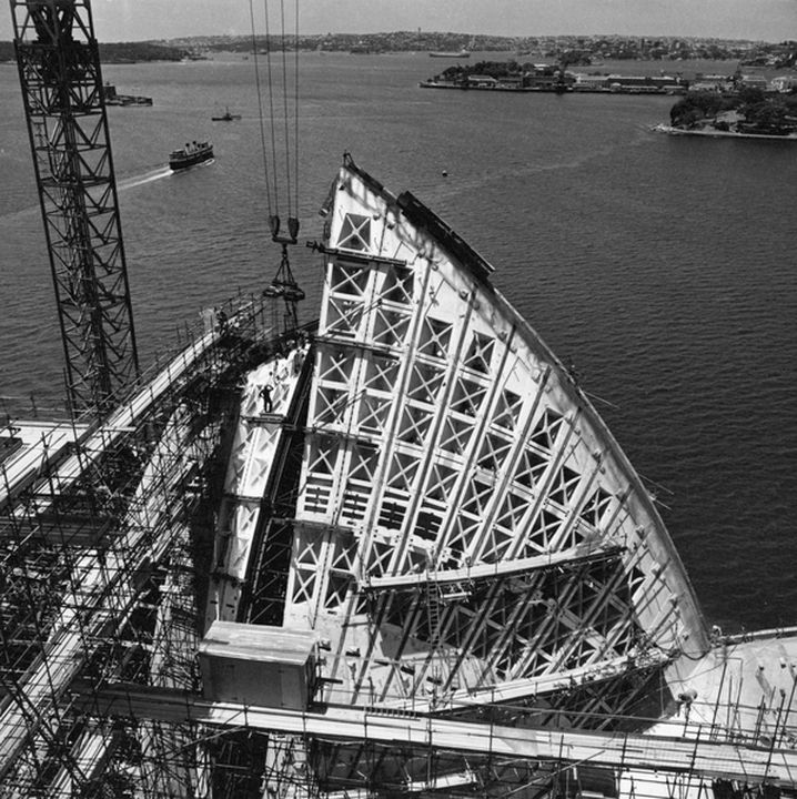 2006/25/1 Photographic prints (179), book, and documents (4), construction of the Sydney Opera House, photographs by Max Dupain for Peter Hall, Sydney, New South Wales, Australia, 1958-1973. Click to enlarge.