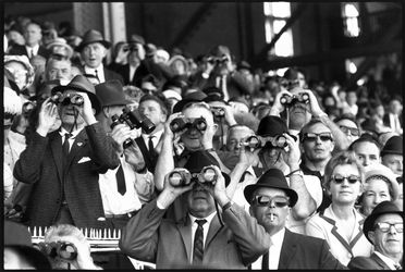 96/44/1-5/4/135 Negatives (3 in strip), black and white, spectators at Randwick racecourse, for photograph in the book 'Sydney, A Book of Photographs', 35mm acetate film, David Mist, Sydney, New South Wales, Australia, 1969