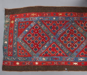 99/94/1 Wall hanging for tent or yurt, embroidered felt, wool / silk, made by a Lakai Uzbek woman, Uzbekistan / northern Afghanistan, c. 1920