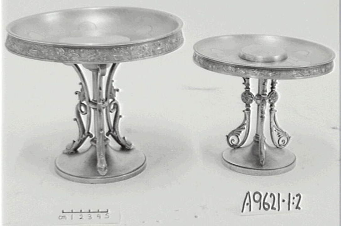 A9621 Tazza (pair), silver / base metal, by Simpson, Hall, Miller & Co, Wallingford, Connecticut, United States of America, late 19th century. Click to enlarge.