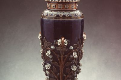 2832 Vase, 'Blackberries', salt-glazed stoneware, attributed to George Tinworth / Emma Martin, Doulton & Co., England, 1881