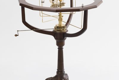 86/60 Orrery and stand, brass / timber / ivory, France, 1851?1877