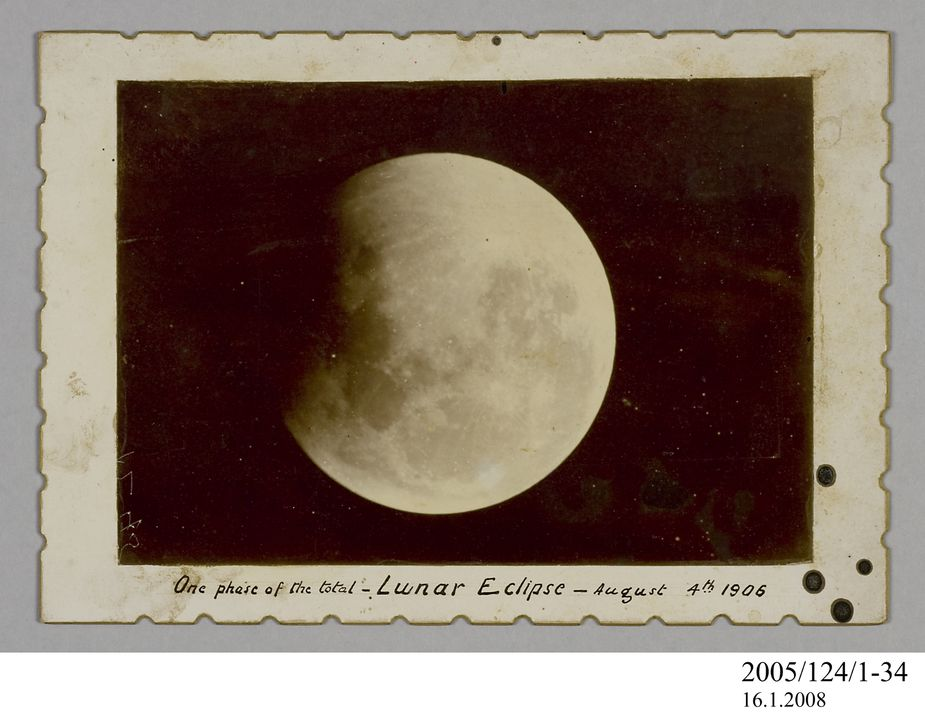2005/124/1-34 Photograph, part of collection owned by James Short, black and white, One phase of the total Lunar Eclipse', mounted, card / paper, photographer unknown, Sydney, New South Wales, Australia, 4 August 1906. Click to enlarge.