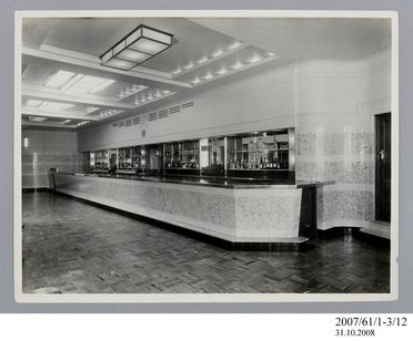 2007/61/1-3/12 Photographic prints (2), black and white, Chatswood Hotel bottle department, E A Bradford, Sydney, New South Wales, Australia, c.1939-1940