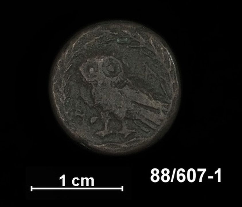 88/607-1 Coin, Ancient Greek, Athens, Imperial period (229-166 BC), copper alloy. Obverse: Head of Athena wearing Corinthian helmut right; Reverse: Owl standing left all within wreath.. Click to enlarge.