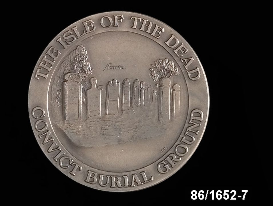 86/1652-7 Medallion, Isle of the Dead. Click to enlarge.