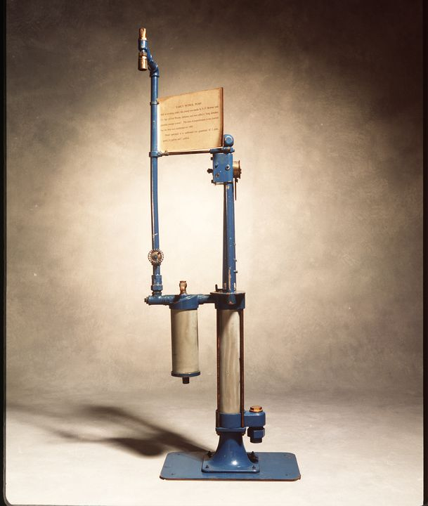 B2200 Petrol pump, 'Long Distance Gasoline Storage System', No.E41561, one gallon capacity, metal/ rubber, made by S.F. Bowser & Co Inc., Fort Wayne, Indiana, United States of America, c.1912. Click to enlarge.
